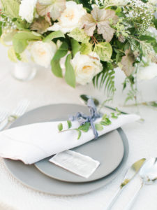 organic table setting and centerpiece inspiration for elegant outdoor wedding