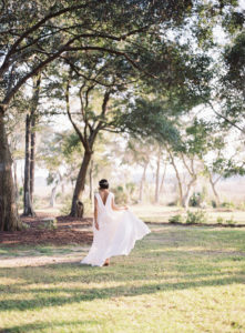 bold, elegant bridal style in Charleston, South Carolina
