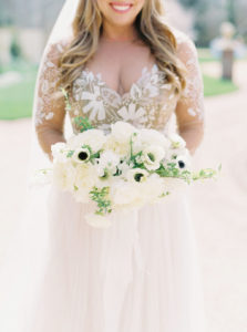 modern black tie wedding with monochromatic bridal bouquet